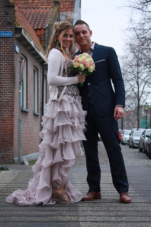 Tillemans Tailors bekend van trouwpakken en maatpakken te Hoorn. Had de eer om deze bruidegom te kleden. Dus weer een mooi huwelijk in Noord Holland met een pak van Tillemans Tailors.