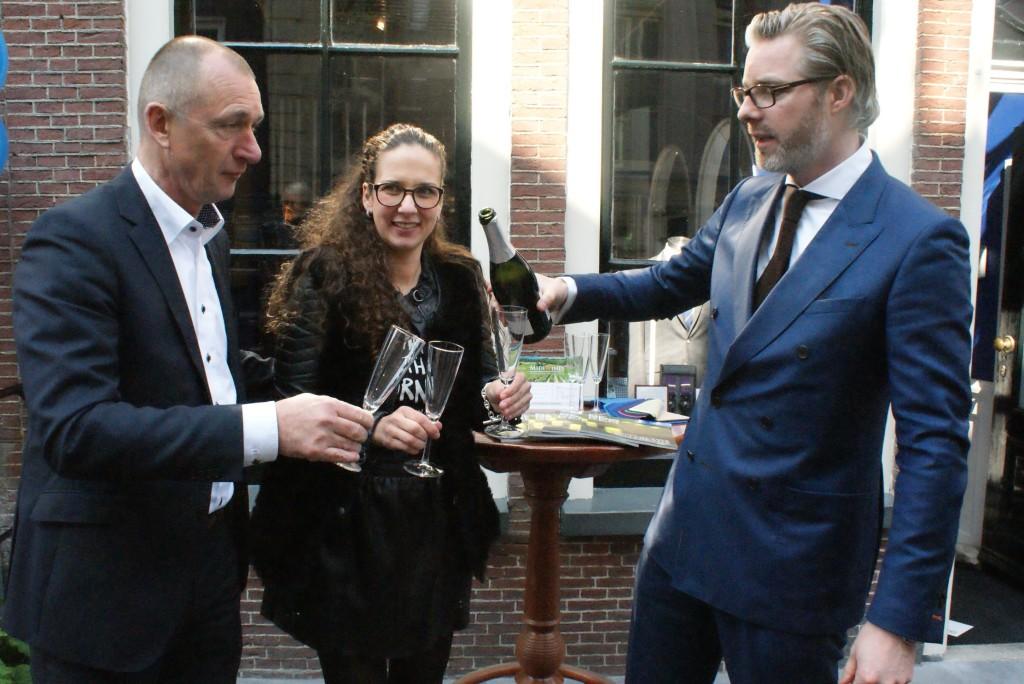 De officiële opening werd verricht door de wethouder economische zaken aard Ruppert.