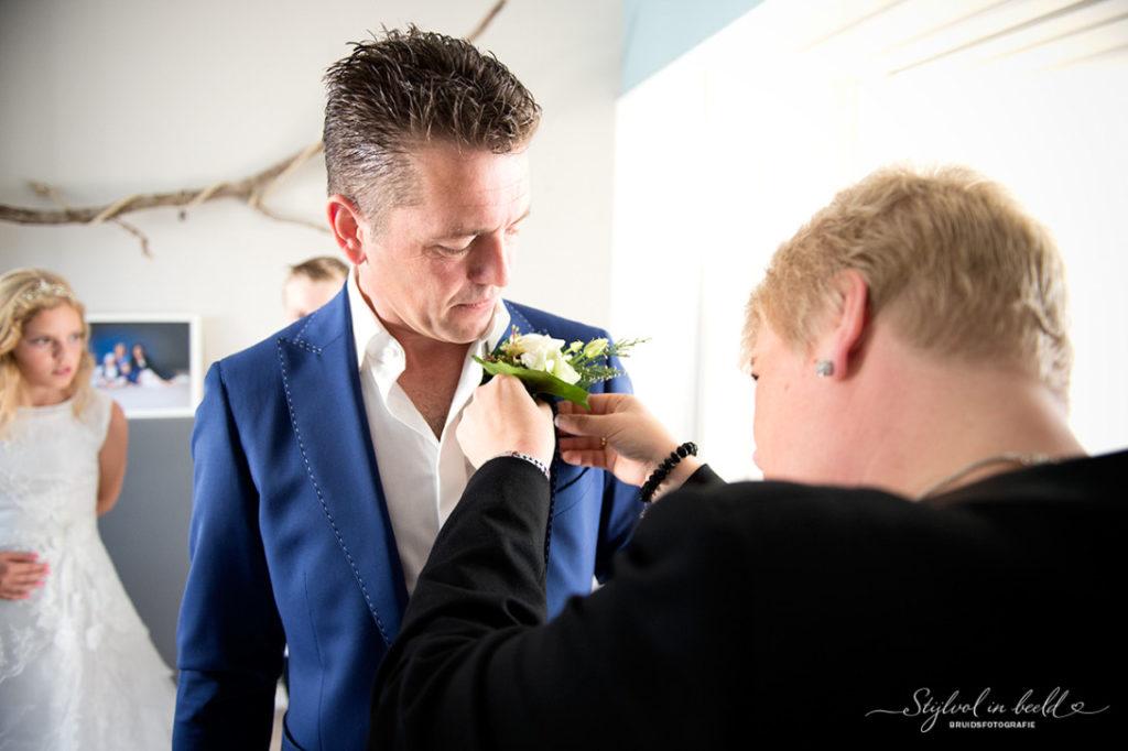 maatwerk by Tillemans Tailors. Handwerk met een levertijd van 4 weken voor een perfect trouwpak