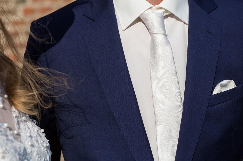 Tillemans Tailors Hoorn had de eer om dit mooie trouwpak te mogen maken.