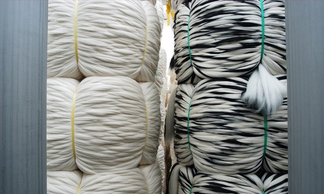 Vitale Barberis Canonico gebruikt 3 methoden om de wol te verven